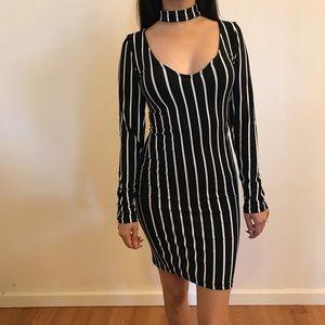 🆕 Black & White Striped Choker Dress